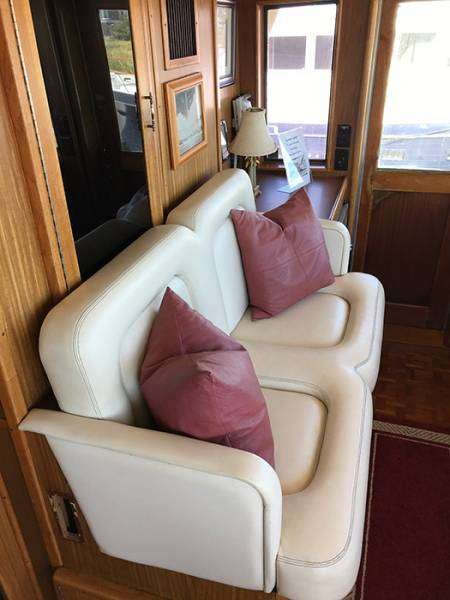 Pilot House Seating